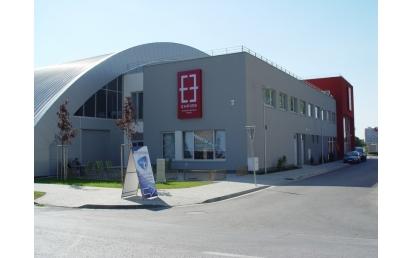 Empire -Tenisz Center, Bratislava, Szlovákia