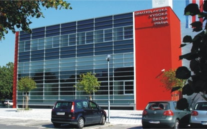 Középiskola, Bratislava, Szlovákia